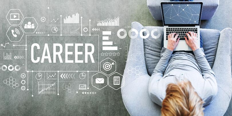 エンジニアのキャリアアップとは?キャリアパス例や転職で考えるべきポイントを解説