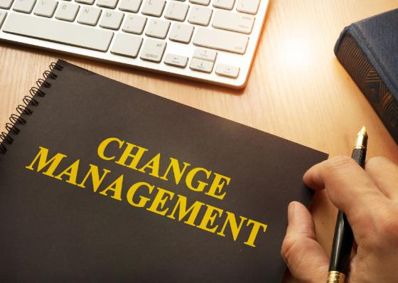 変更管理とは?ITILの標準プロセスを参考に目的やフローを解説